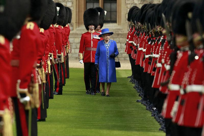 7 nguyên tắc thời trang lâu đời của Hoàng gia Anh