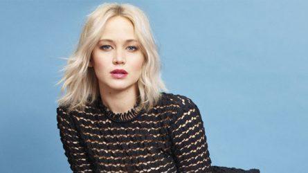 Phong cách thời trang bất quy tắc của Jennifer Lawrence