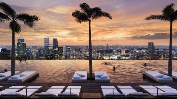 Bể bơi vô cực ở khách sạn Marina Bay Sands, Singapore