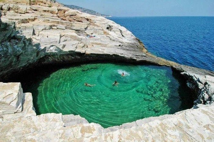 Hồ bơi tự nhiên Giola Lagoon ở Thassos, Hy Lạp