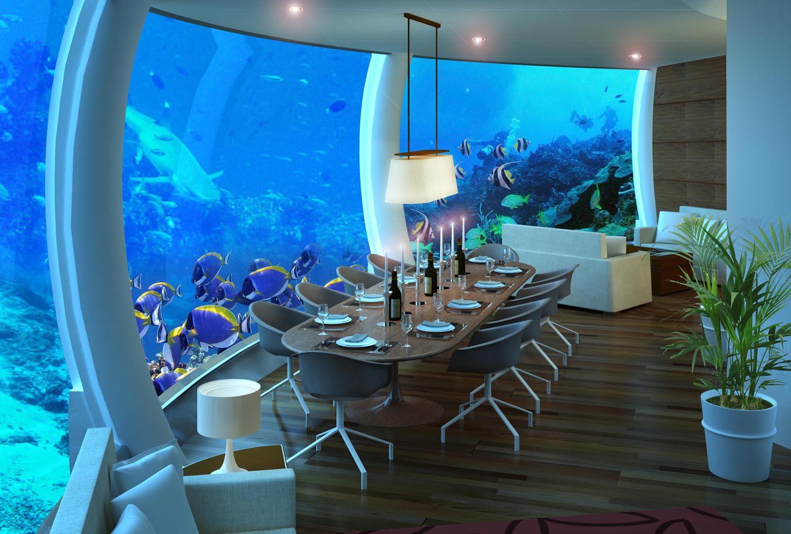 Tất cả 20 phòng của Poseidon đều được thiết kế theo kiểu mái vòm và lắp kính acrylic, nhằm khiến du khách cảm thấy như mình đang sống dưới đáy biển.