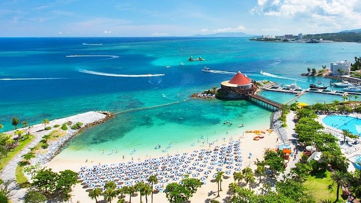 Toàn cảnh khu nghỉ dưỡng Okuma Private Beach & Resort.