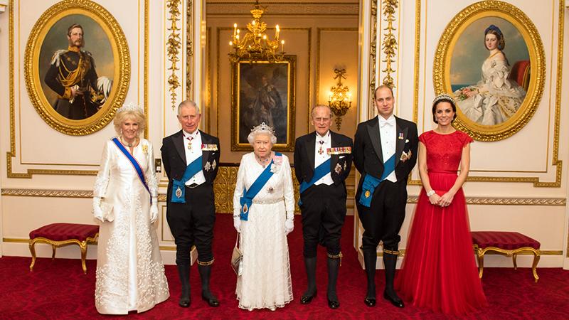Thói quen ăn uống của nữ hoàng Elizabeth II được tiết lộ công khai