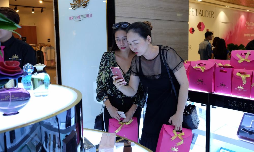 Thương hiệu PERFUME WORLD đồng loạt khai trương hai cửa hàng tại Vincom Center Hà Nội và Tp.HCM