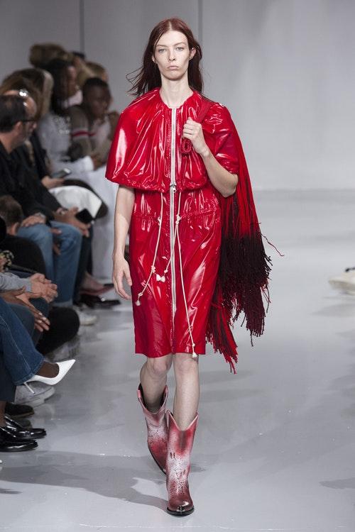 Calvin Klein Xuan 2018_Su tai sinh cua van hoa dai chung_ELLE VN