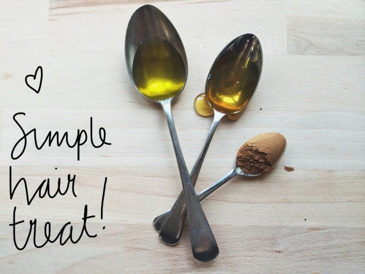 Hỗn hợp giữa mật ong, ô liu và bột quế được xem là một món ăn giàu dinh dưỡng cho mái tóc của bạn