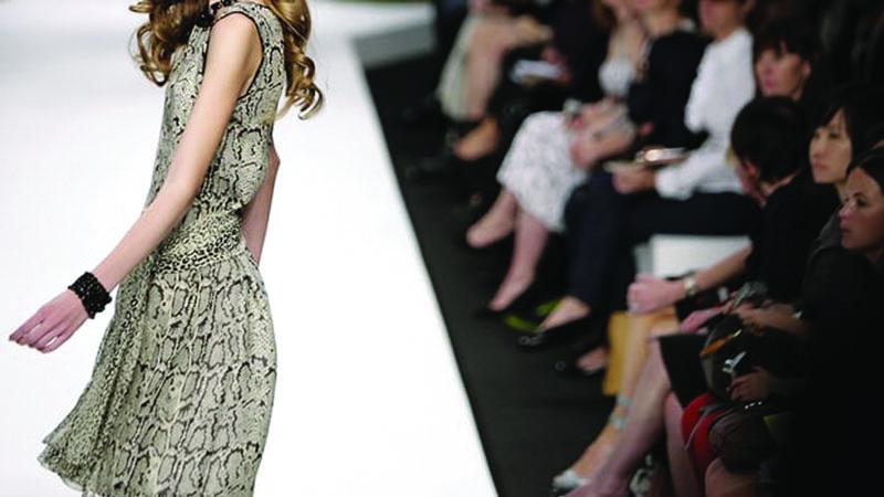 Thời trang Pháp: Không còn đất diễn cho những thân hình mảnh khảnh