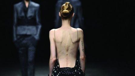 Tuần lễ thời trang Pháp: Không còn đất diễn cho những thân hình mảnh khảnh