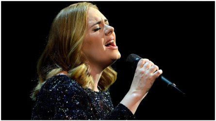 Tại sao những danh ca như Adele đang phải đối mặt với việc mất đi giọng hát