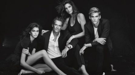 Gia đình siêu mẫu Cindy Crawford làm đại diện cho nhãn hàng danh tiếng