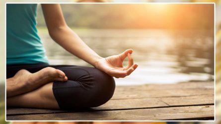 Các chuyên gia Yoga thường dùng gì cho buổi sáng?