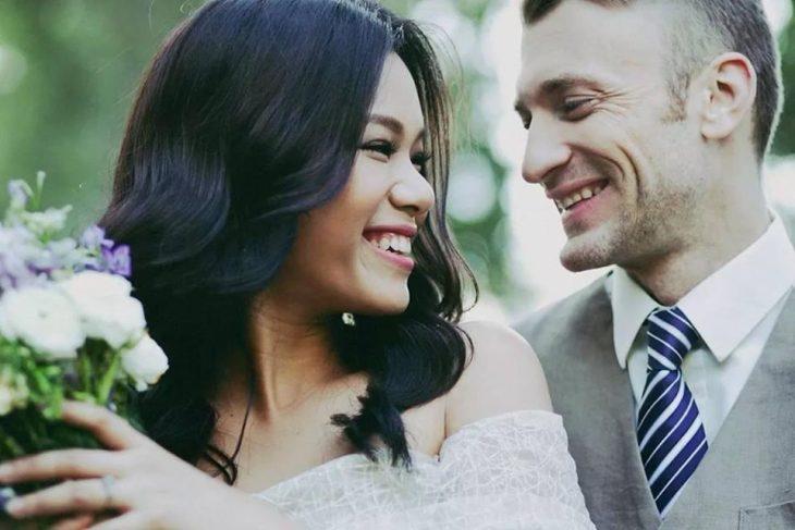 Những bộ ảnh cưới đẹp như mơ của sao Việt - ELLE Việt Nam
