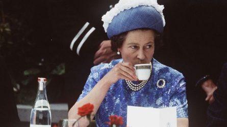 18 câu chuyện thú vị bên bàn ăn của gia đình Hoàng gia Anh