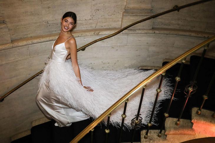 6 xu hướng đầm cưới hot nhất tại Tuần lễ thời trang cô dâu New York 2018.