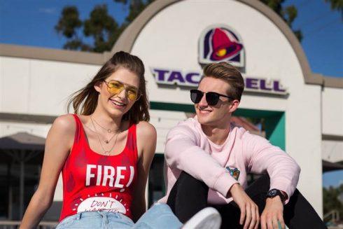 Forever 21 x Taco Bell: Bộ sưu tập collab với sắc màu vui nhộn của ngành công nghiệp thức ăn nhanh