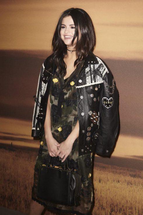 5 phong cách mùa thu ấn tượng của Selena Gomez