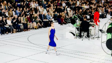 Sự trở lại đầy màu sắc của Lacoste tại tuần lễ thời trang Paris 2017