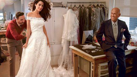 Cận cảnh chiếc váy cưới lộng lẫy của vợ ngôi sao George Clooney