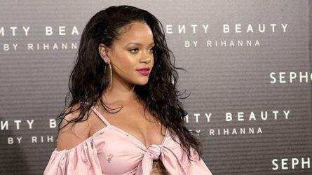 Rihanna chia sẻ bí quyết biến hóa gu thời trang khi tăng cân