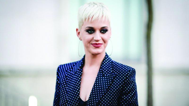 Katy Perry cấm thí sinh hát nhạc của Taylor Swift tại American Idol