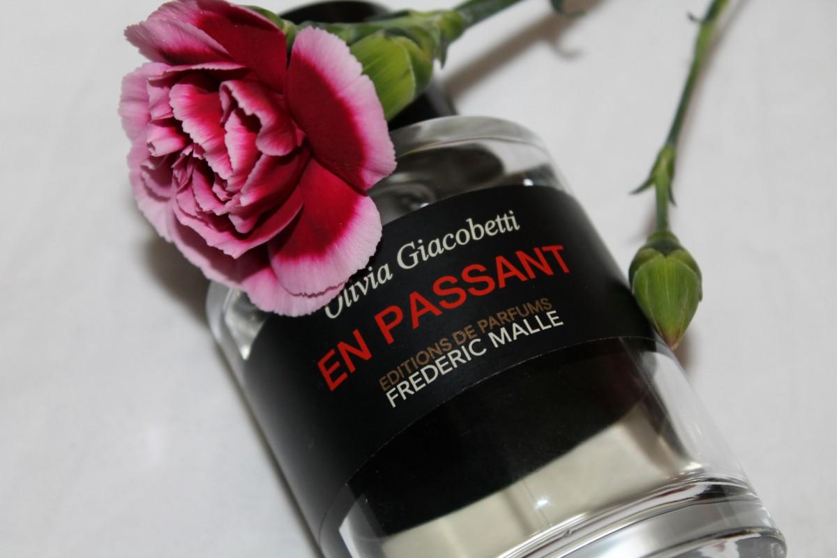 Nicky Khánh Ngọc Review 2 mùi hương hoa tuyệt đẹp cho nữ