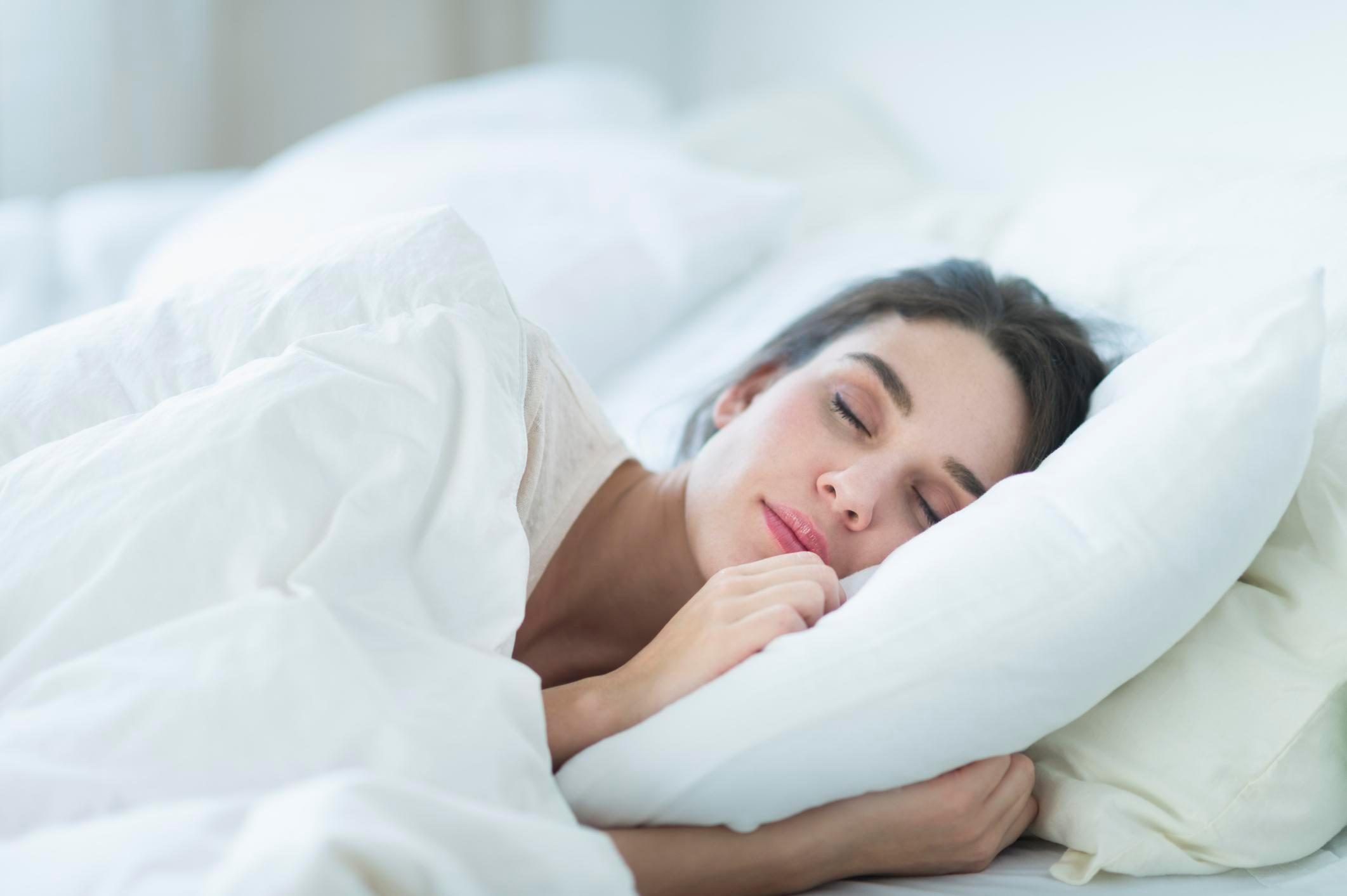 Làm sao để đi vào giấc ngủ nhanh hơn?