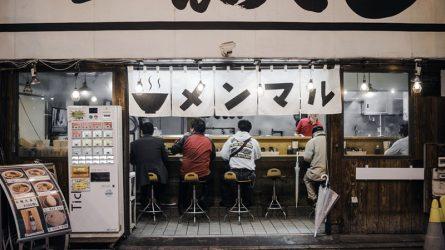Đến Nhật Bản và