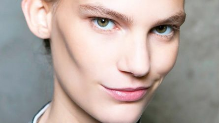6 Sai lầm bạn thường gặp phải khi che khuyết điểm quầng thâm mắt