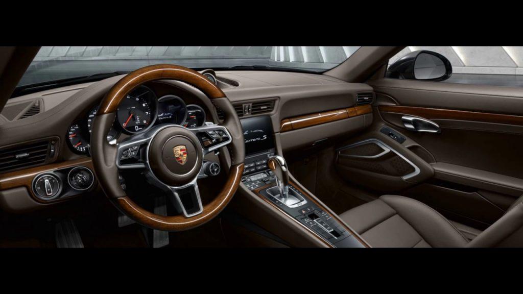 nội thất Porsche Cayenne