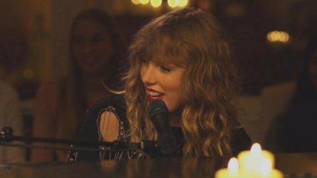 Taylor Swift trình diễn ca khúc trong album mới ngay trên sóng truyền hình