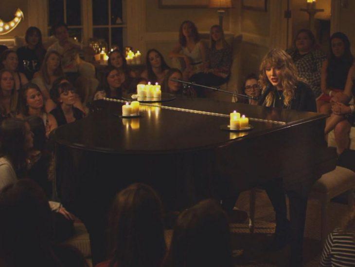 Taylor Swift trình diễn ca khúc cuối cùng nằm trong album mới ngay trên sóng truyền hình - ELLE Việt Nam