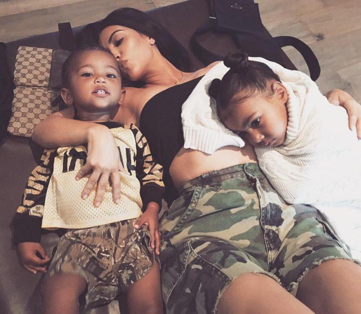 Kim Kardashian tiết lộ giới tính em bé thứ 3 nhưng thừa nhận chưa hoàn toàn sẵn sàng - ELLE Việt Nam