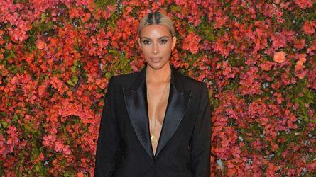 Nước hoa của Kim Kardashian kiếm hơn 10 triệu đô trong một ngày