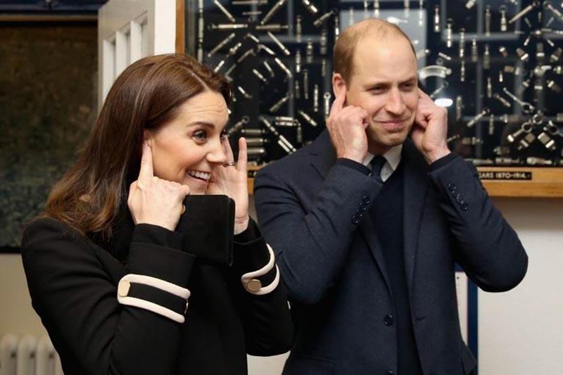 """Hoàng tử William không còn """"bình yên"""" với cậu con trai kháu khỉnh"""