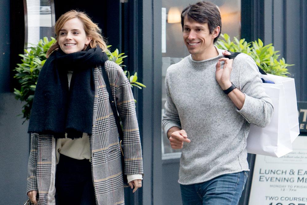 http://www.elle.vn/wp-content/uploads/2017/11/27/elle-viet-nam-Emma-Watson-và-bạn-trai-William-Knight-đã-đường-ai-nấy-đi-sau-hai-năm-mặn-nồng.jpg