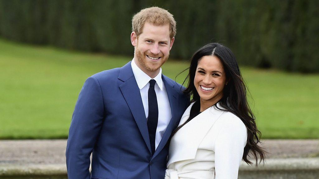 Hoàng tử Harry đính hôn cùng Meghan Markle