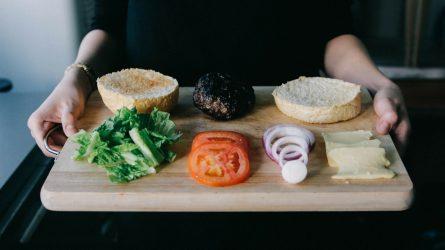 Xây dựng chế độ dinh dưỡng từ các bước cơ bản