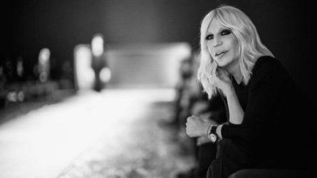 Donatella Versace: Chặng đường 20 năm trở thành một biểu tượng thời trang