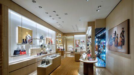 Cửa hàng Louis Vuitton tại TP.HCM chính thức mở cửa trở lại với nhiều sản phẩm mới