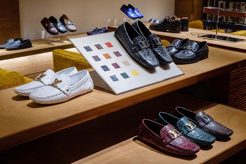 Quầy giày của Louis Vuitton