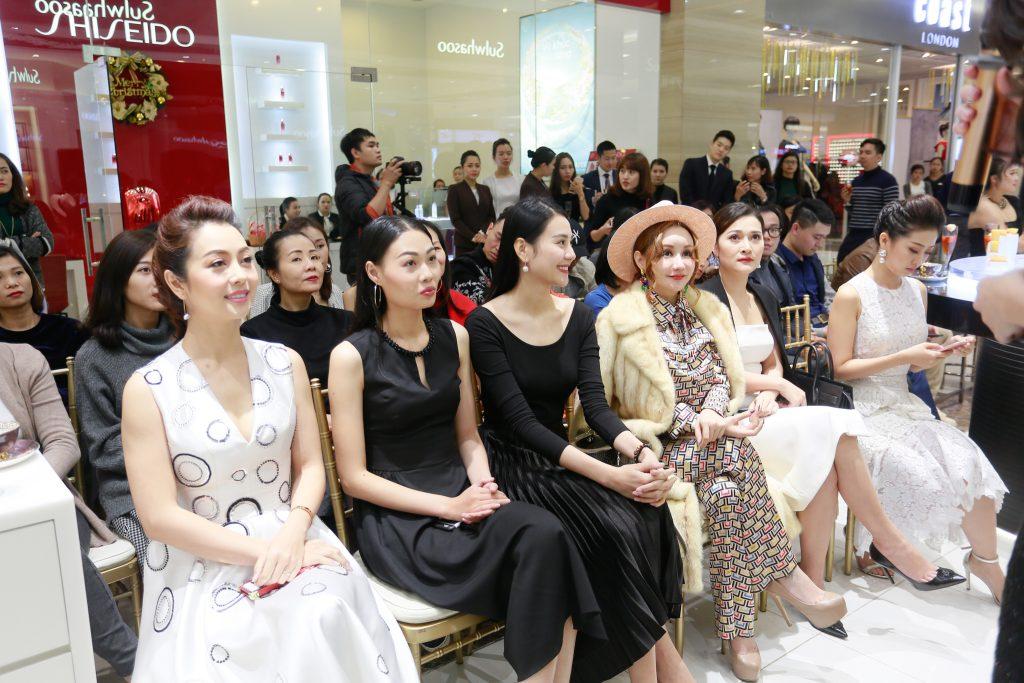 khách mời tham dự sự kiện