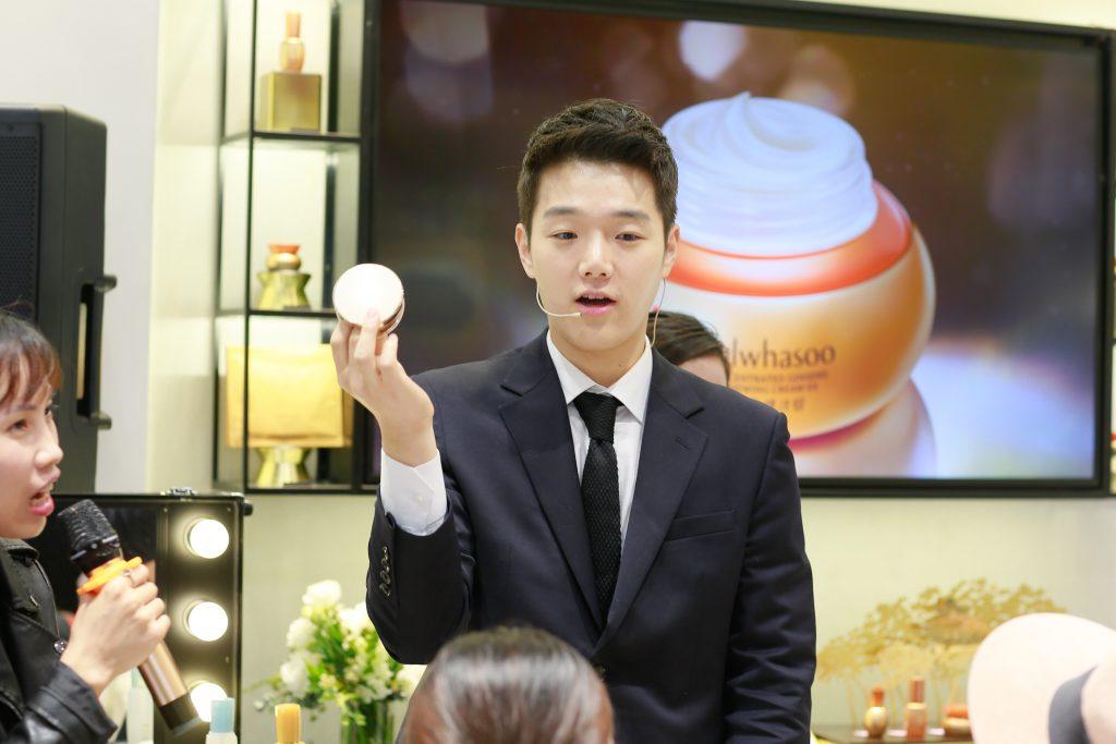 makeup artist Hàn Quốc