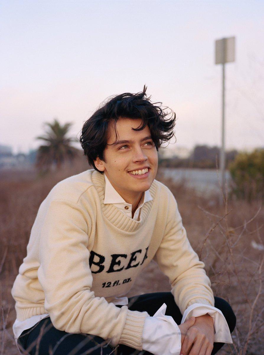 Cole Sprouse - Tôi đã từng ở một nơi rất tối tăm