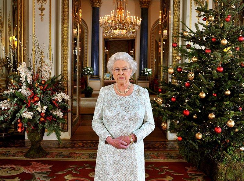 Những điều Meghan Markle (hay chúng ta) nên biết khi gặp Nữ hoàng vào dịp Giáng sinh