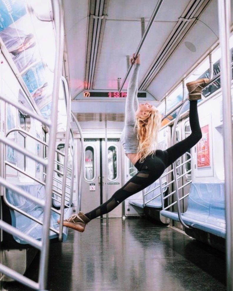 elle-viet-nam-10-tai-khoan-Instagram-truyen-cam-hung-cho-cac-tin-do-yoga-10