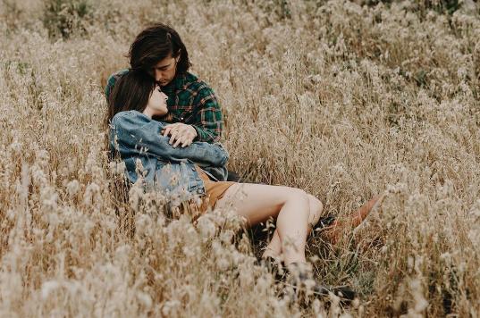 50 điều mà chỉ có những cặp đôi yêu nhau nồng thắm mới cùng chia sẻ với nhau