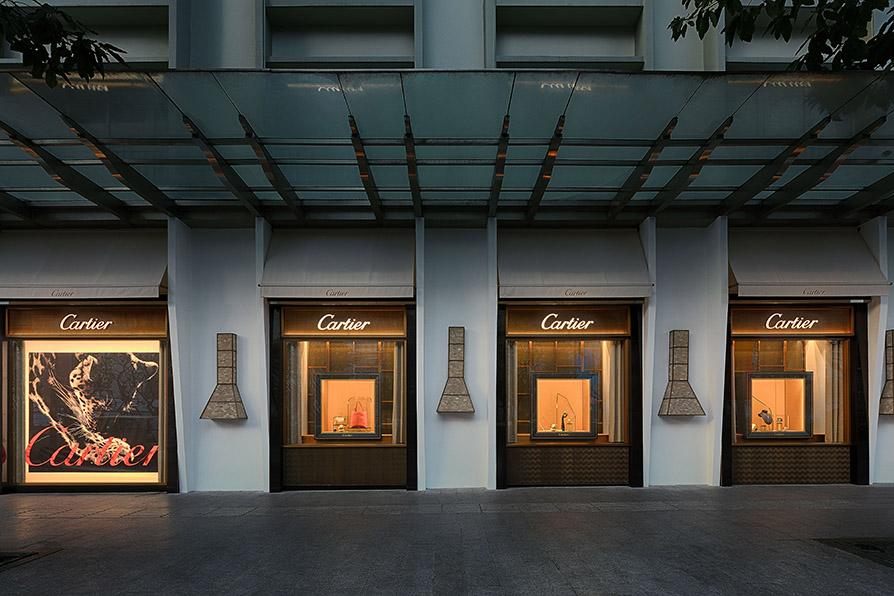 toàn cảnh cửa hàng Cartier