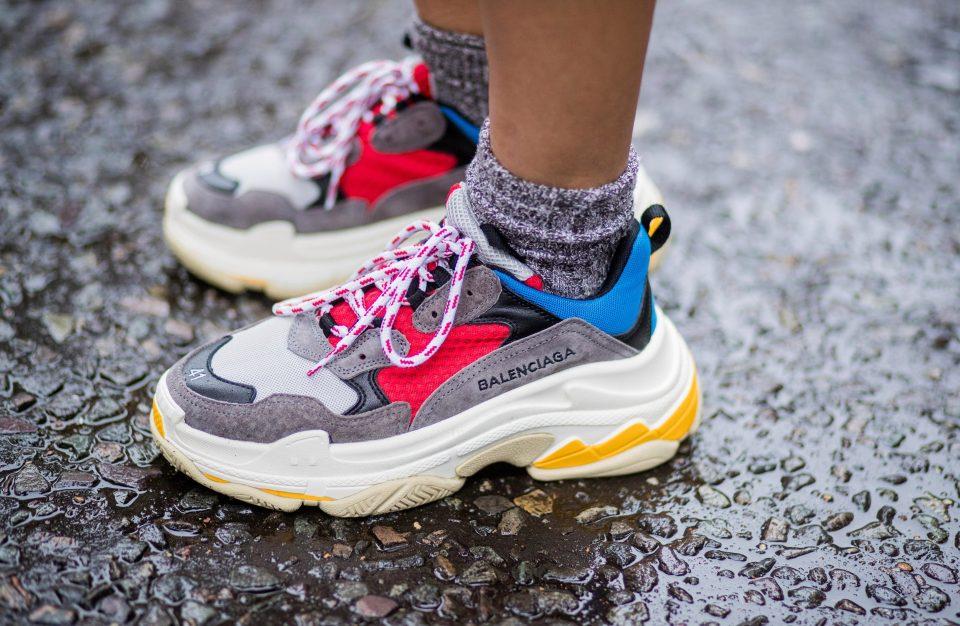 Xu hướng ''Dad sneakers''- Đôi giày của bố được 5 siêu mẫu lăng xê thành công nhất