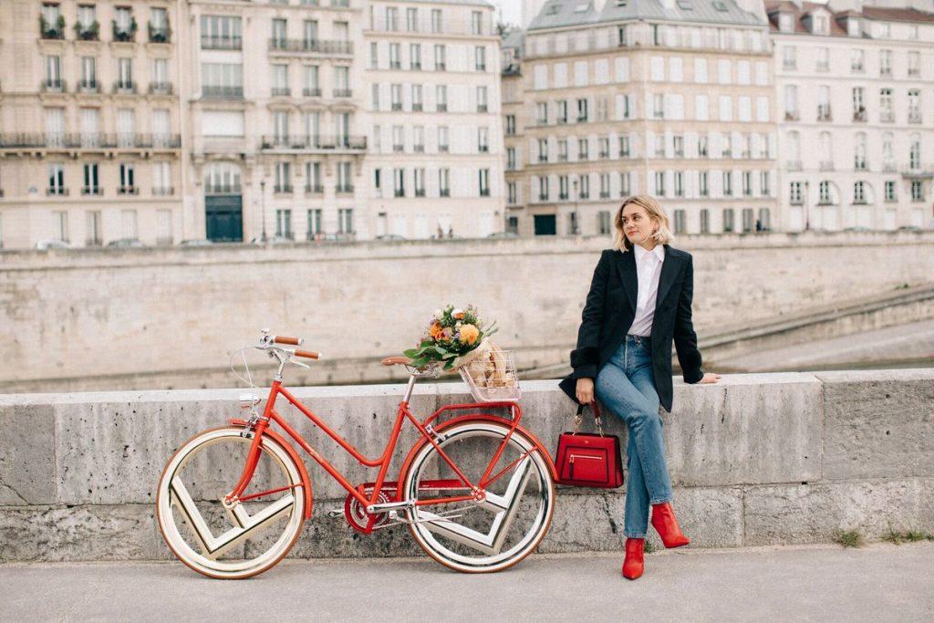 phụ nữ Pháp hình 3