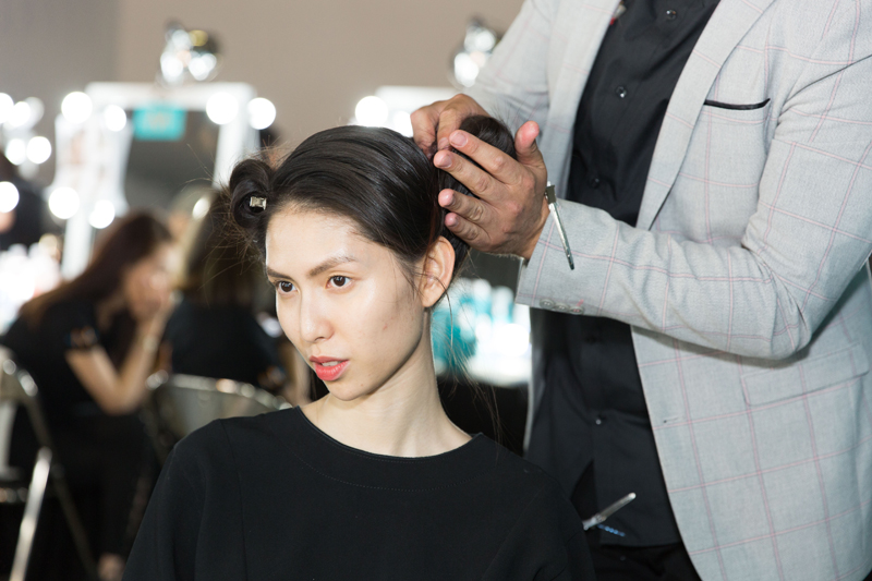 moroccanoil cách tạo kiểu tóc cổ điển hướng dẫn
